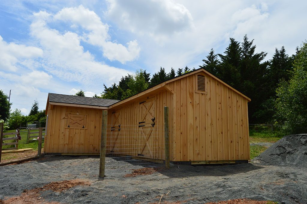 Custom l shaped barn fawn grove pa j n structures for Barn shaped garage