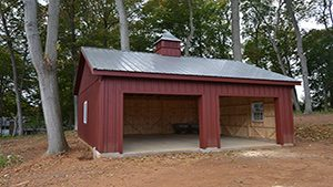 Attractive Custom Garages & Horse Barns