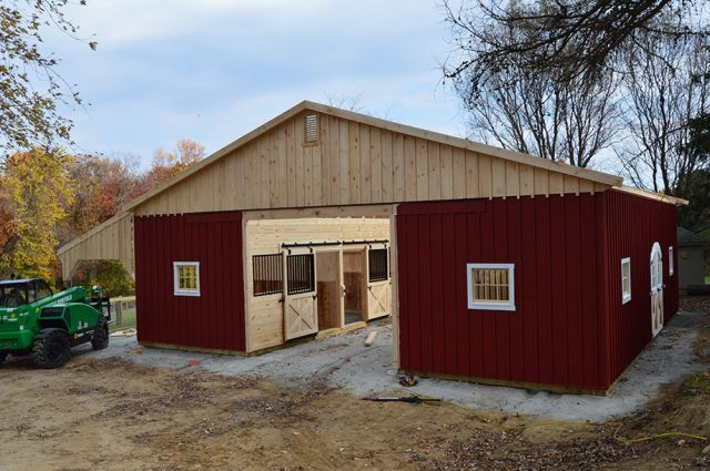 Custom Amish Barns