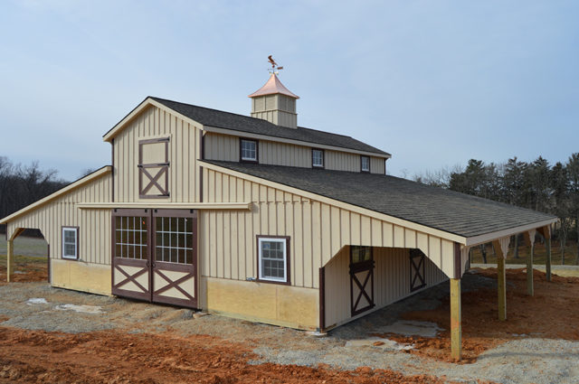 Advantages of Wooden Horse Barns