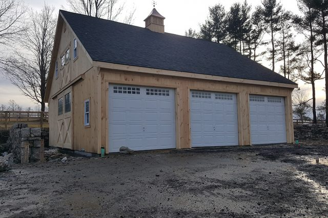 3 Car Garage in CT