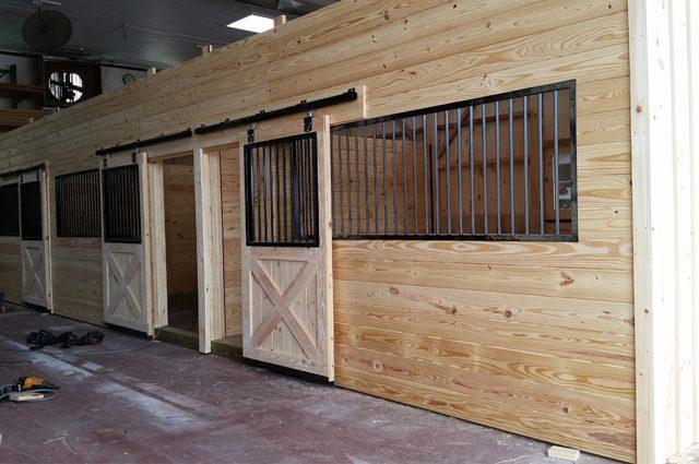horse-stalls-woodstock-ny