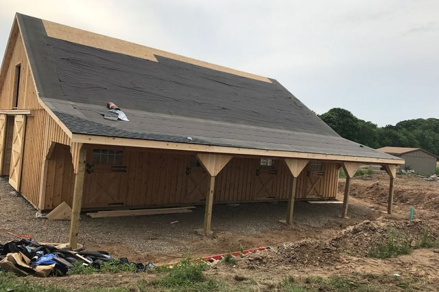 barn-leanto-in-construction