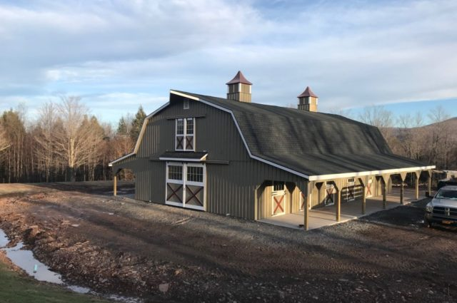 Gambrel Barn with Lean-To – Lexington, NY