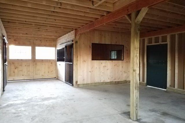 green modular barn