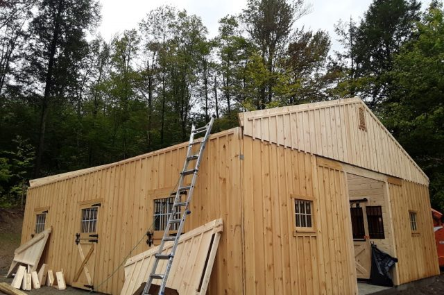 Amish modular barn builder in Stowe, VT