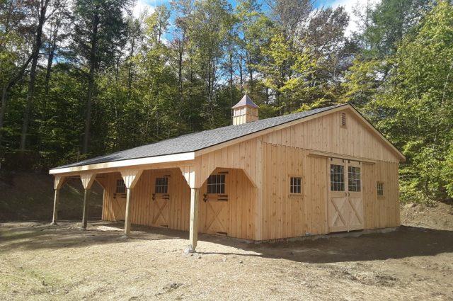 Amish wooden modular horse barn Stowe, VT