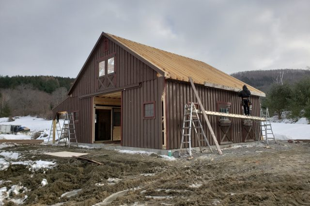 barn-construction-process