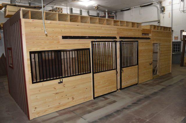 barn-stall-interior