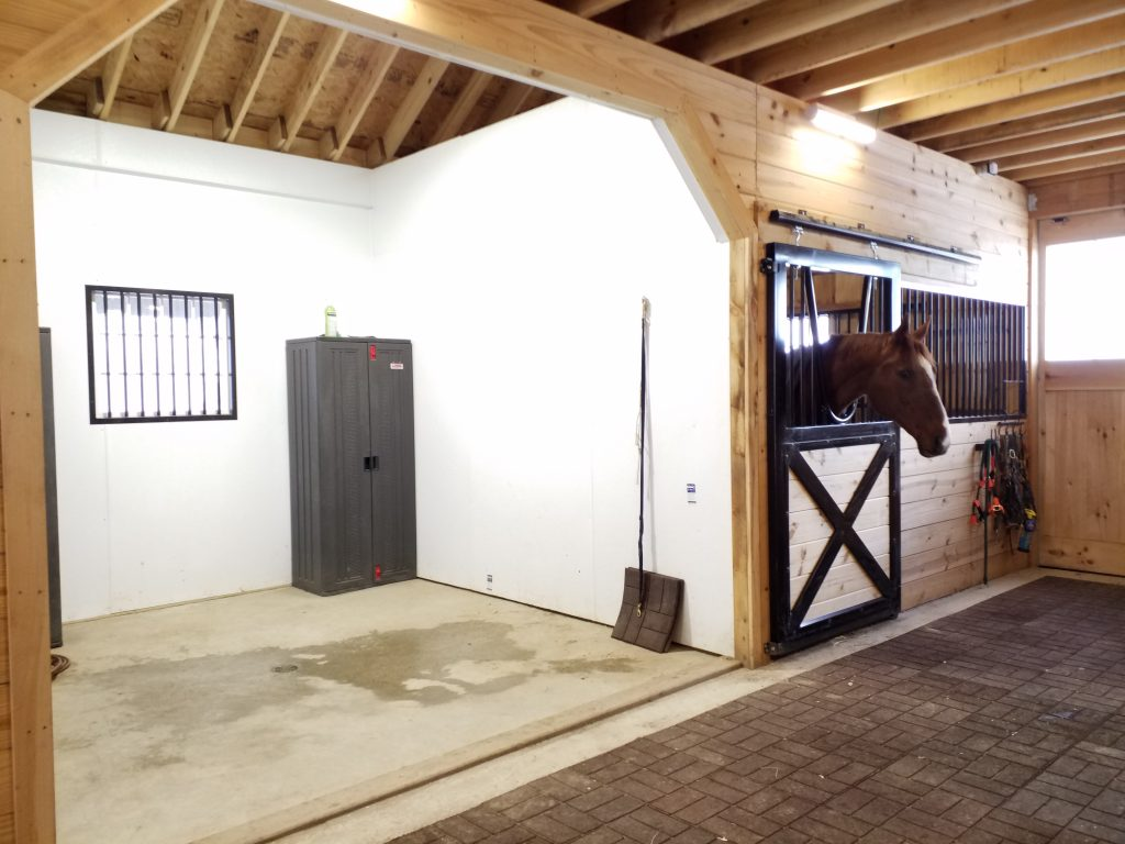 small horse stall exterior