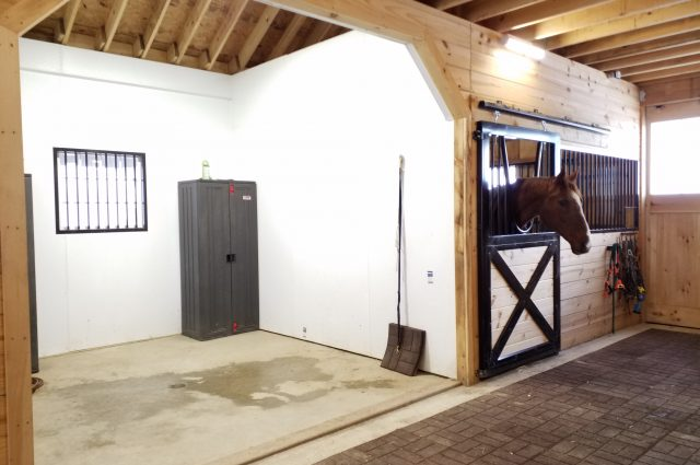 horse stall exterior