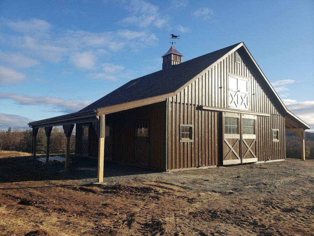 Amish Modular Horse Barn Builder In Hartland Vermont J