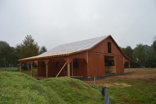 Red Bank, NJ Amish modular horse barn builder