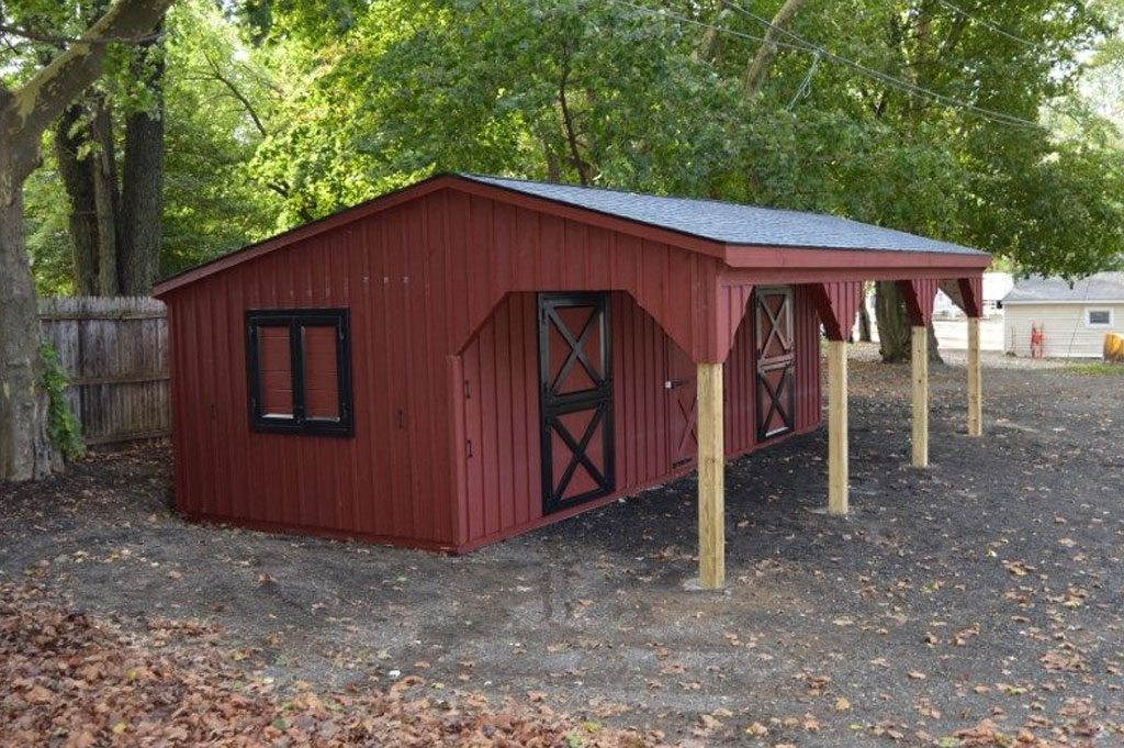 Small red horse barn design