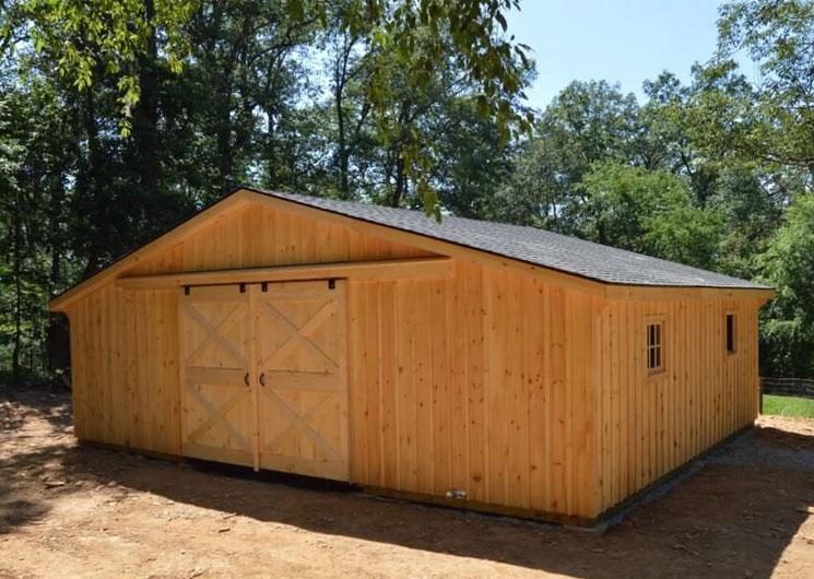 Quality horse barn built by J&N dealer