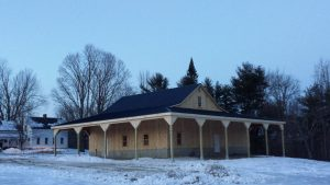 custom wooden horse barns