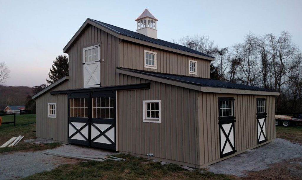 Beautiful modern horse barn style