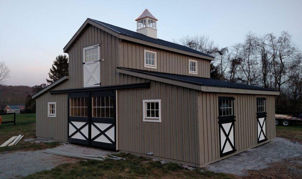 Beautiful modern horse barn style