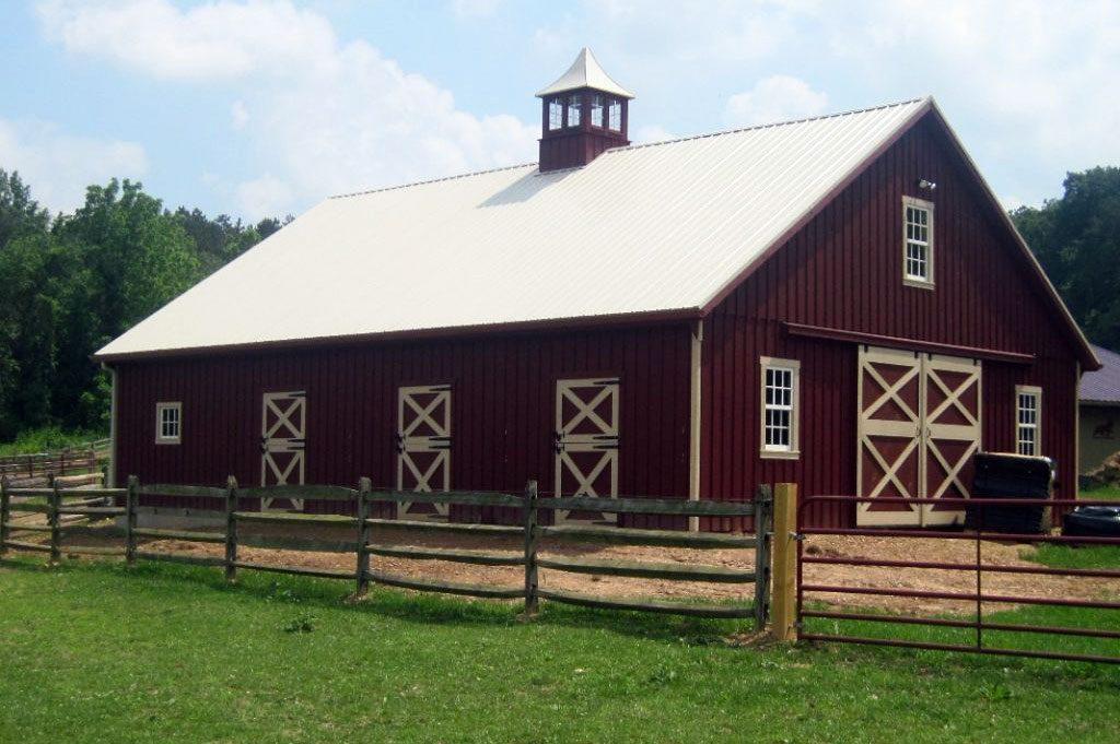Big modular horse barn