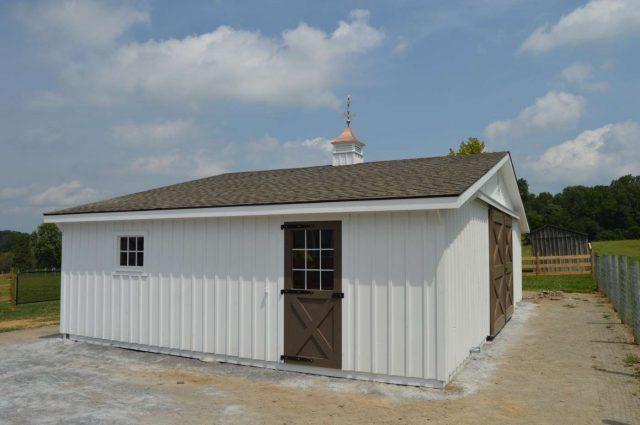 36'x24' modular trailside horse barn in Cochranville PA