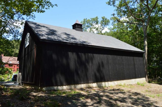 black board and batten custom amish garage in Woodbury, Connecticut