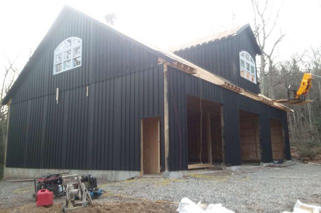 black board and batten garage in Woodbury, Connecticut