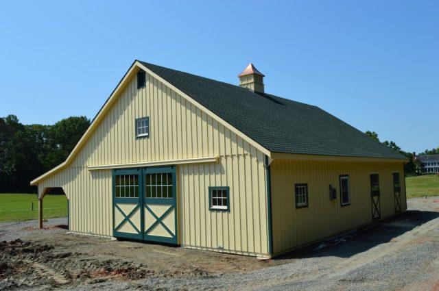 Lean-To Barn - Scottsville, VA
