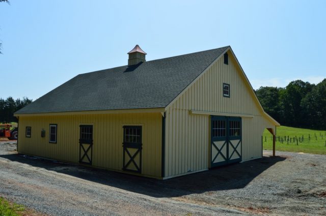 Lean-To Barn - Scottsville, VA