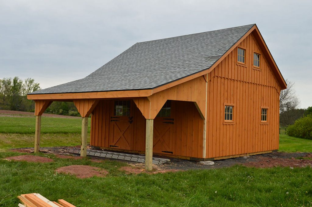Best small horse barn with shingle roof
