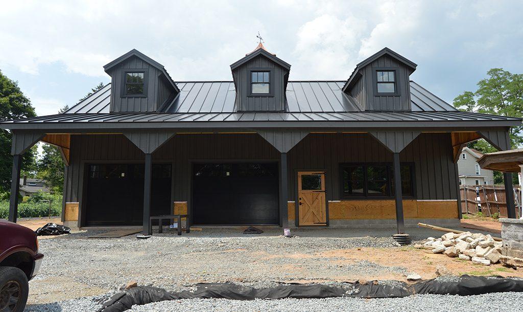 Custom garage barn with modern design