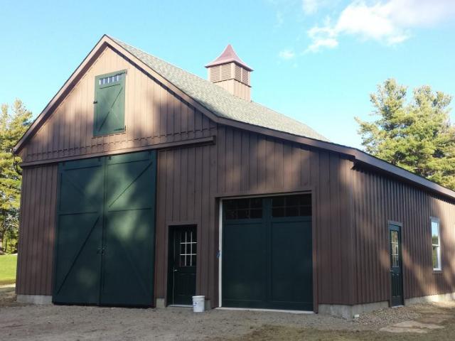 Large brown garage built by Amish craftsmen