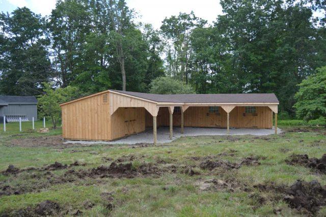 Lean-To Barn – Charlton, MA