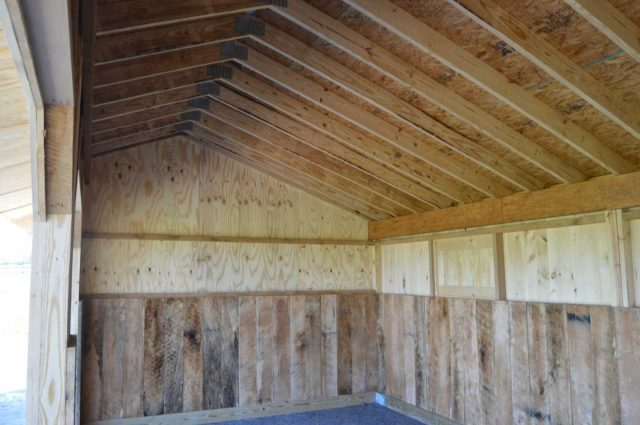 barn with 4 foot kick boards